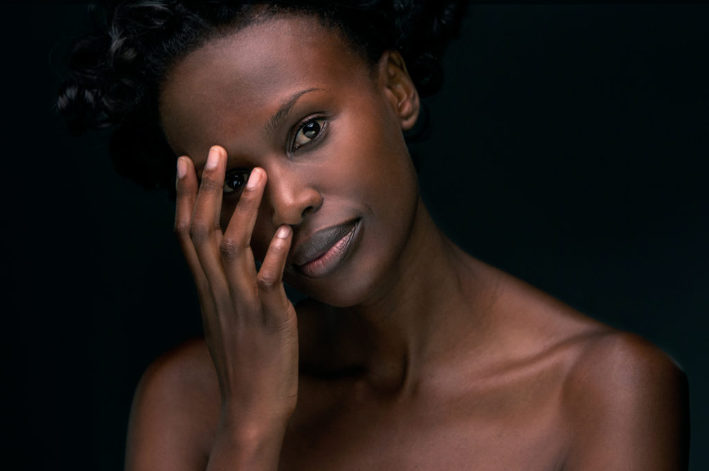 Eva - Actress